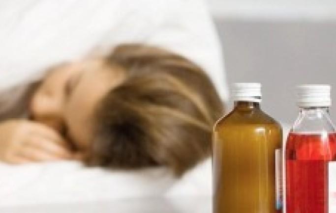 Cẩn trọng để dùng thuốc ho đúng cách cho trẻ