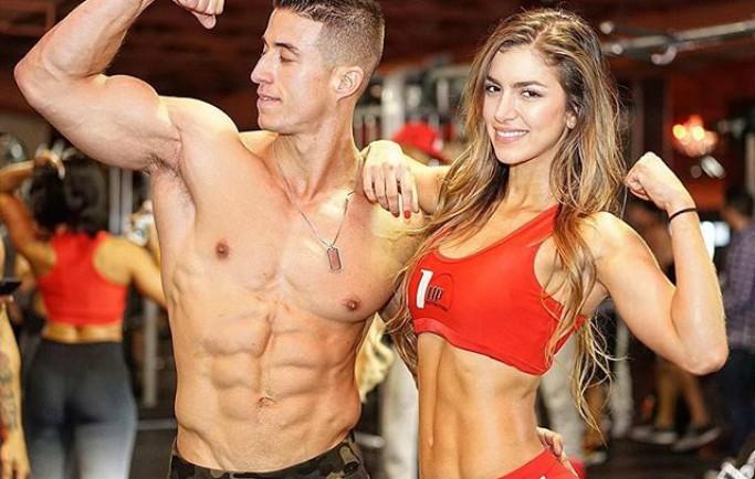 Cặp tình nhân mê gym nổi tiếng với thân hình 6 múi sexy
