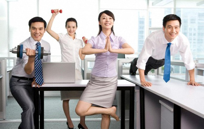 12 cách chữa bệnh đau lưng cho dân văn phòng dễ dàng hiệu quả