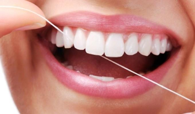 Bí quyết chọn miếng dán trắng răng hiệu quả nhất ở sg