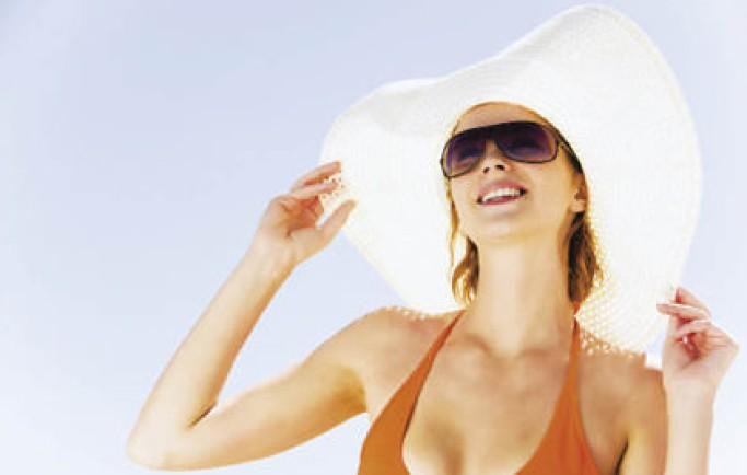 Cách dùng kem chống nắng khi đi biển