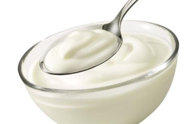 Cách làm trắng da bằng sữa chua tại nhà hiệu quả