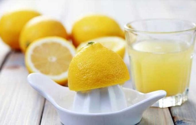 Cẩm nang dưỡng trắng phục hồi da với chanh tươi