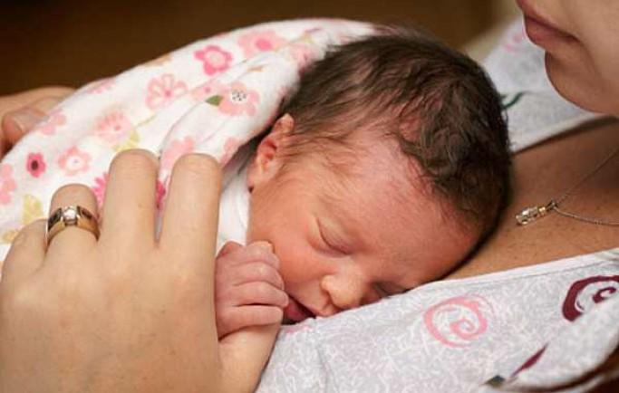 Chia sẻ giải pháp khắc phục khi trẻ sơ sinh biếng ăn