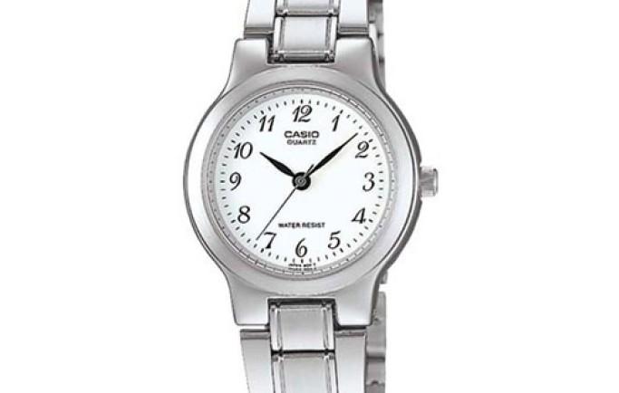 Đồng hồ Casio LTP-1131A-7BRDF màu trắng tinh khôi thanh lịch
