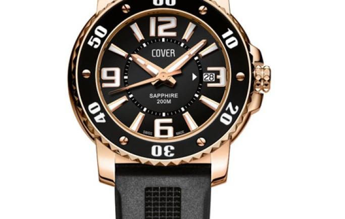 Đồng hồ Cover CO145.05 dây da đen mặt đen viền vàng đồng nổi bật cho đôi tay của bạn