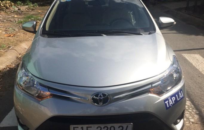 Học lái xe ô tô tại quận Tân Phú vững tay lái ngay