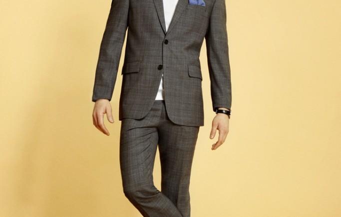 Mặc áo vét đi giầy nào để biến thành người đàn ông sành điệu?