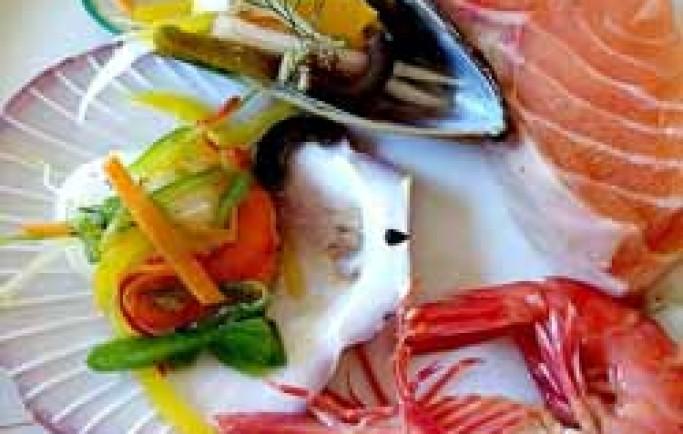 Phun xăm môi cần kiêng ăn gì và nên ăn gì đề màu môi đẹp tự nhiên