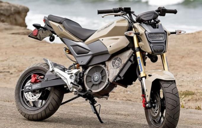 """""""Sốc"""" với Honda MSX125 độ xe điện mạnh gấp 3 lần nguyên bản"""
