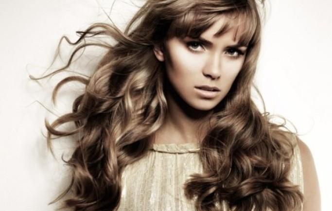 Tinh dầu dừa và dầu hoa oải hương trị rụng tóc hiệu quả