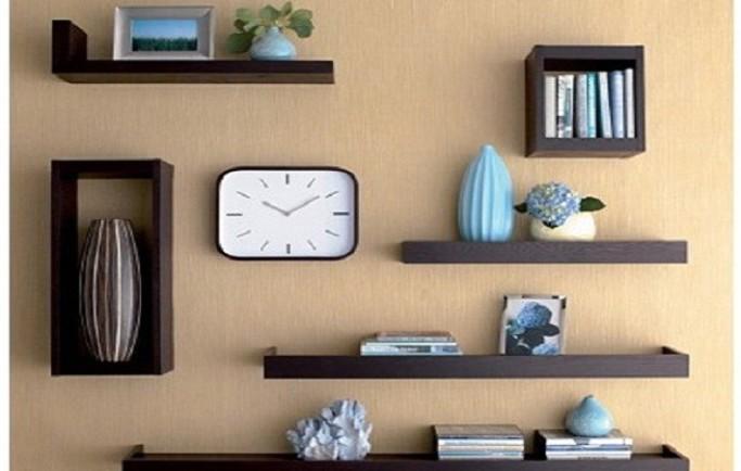 Tự thiết kế kệ sách treo tường độc đáo