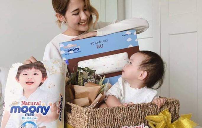 """Chỉ một tháng, tã organic Nhật đã """"đốn tim"""" các mẹ Việt"""